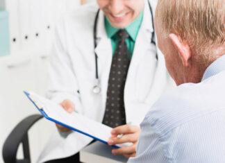 Specjalista laryngolog